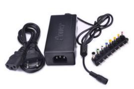 Адаптер универсальный 4,5 ампера от 12 до 24 вольт.