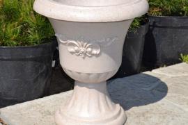 Вазоны уличные из бетона вазы бетонные  калининград