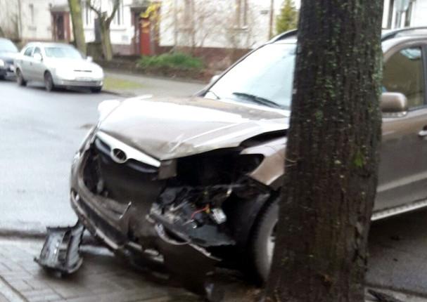 Вмассовом ДТП сучастием маршрутки вКалининграде пострадали три пассажира