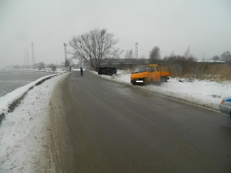 Шофёр иномарки Форд умер в трагедии наКуршской косе вКалининградской области