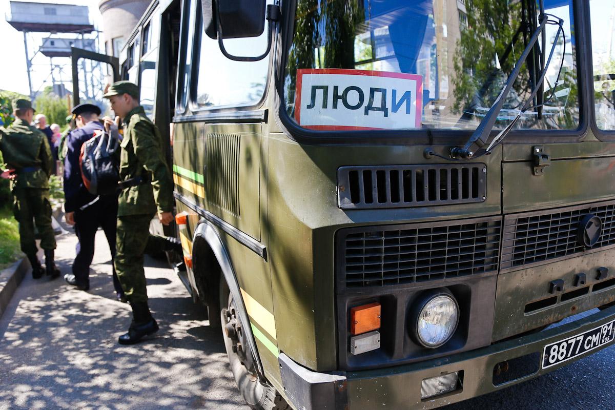 НаМамаевом кургане состоялись проводы призывников вПрезидентский полк