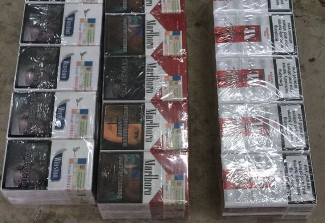 Калинингардский дальнобойщик попался скотрабандой 5000 пачек сигарет