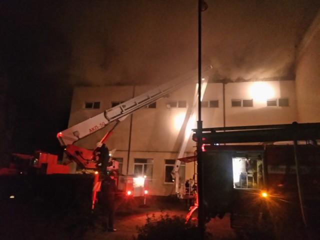 Ночью в Зеленоградске загорелся детский дом: эвакуирован 101 ребёнок