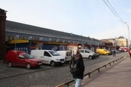 Торговцы Центрального рынка перекрыли ул. Баранова, чтобы показать недостатки пешеходной зоны