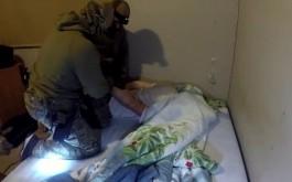 «Да, я смертник»: ФСБ показала задержание подозреваемого в подготовке теракта в Калининграде