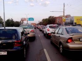 Почему водители создают пробки в Калининграде из-за пустяков?