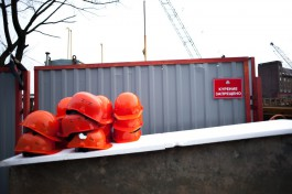 В Калининграде рабочего придавило поддоном со стройматериалами