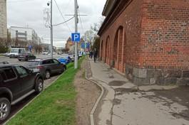 Ради велодорожки на улице Черняховского в Калининграде уберут парковку