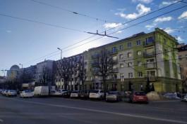 «Вы только взгляните»: Варламов похвалил новые фасады в хрущёвках на улице Театральной в Калининграде