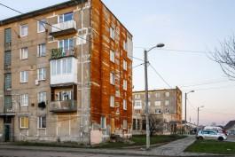 В Прибрежном эвакуировали 10 сотрудников супермаркета и 20 жильцов из-за пожара в пятиэтажке