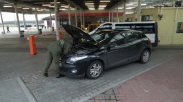 В Гроново задержали россиянку на разыскиваемом автомобиле