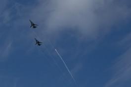 Истребители нескольких стран сопровождали ракетоносцы Ту-160 над Балтийским морем