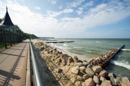 Региональные власти рассчитывают, что каменный вал в Пионерском превратится в пляж