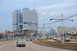 Депутаты Горсовета одобрили передачу земли рядом с Домом Советов правительству области