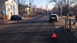 В Калининграде «Хёндай» врезался в «Фольксваген»: пострадали два девятилетних ребёнка