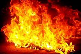 Ночью в Калининграде сгорел «Мерседес A 120»