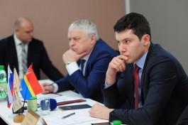 Алиханов пообещал оставить муниципалитеты без денег за непрозрачность работы