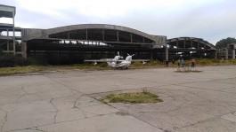 На заброшенный аэродром на Балтийской косе приземлился самолёт-амфибия