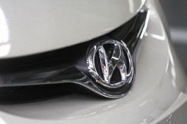 «Коммерсантъ»: Алиханов попросил правительство РФ создать в регионе новые мощности для Hyundai, BMW и Daimler