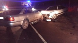 На трассе Калининград — Балтийск столкнулись две «Ауди» из-за лопнувшего колеса
