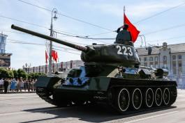 «Танки, самолёты, девушки»: видео парада Победы-2020 в Калининграде