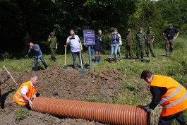 На российско-польской границе проложили осушительную канаву