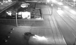 На Ленинском проспекте в Калининграде «Мазда» вылетела на встречку и протаранила автомобиль