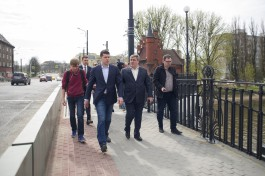 Алиханов о горшках на Высоком мосту: Нужно разобраться и спросить с людей, которые принимали работы