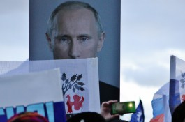 Доверенными лицами Путина на выборах президента стали Волкогон, Лагутинская и Газманов