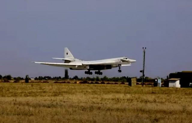 Истребители пяти стран сопроводили российские ракетоносцы Ту-160 над Балтийским морем