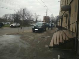 На Советском проспекте в Калининграде «Тойота» сбила пешехода на тротуаре