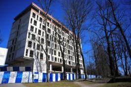 Прокуратура: Недостроенная гостиница в центре Калининграда вызывает вопросы только с эстетический точки зрения