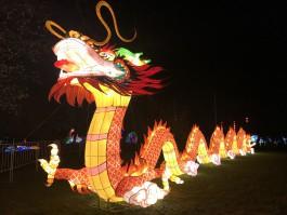 «Гигантские китайские фонари, ночь огня и пасхальный гастрономический фестиваль»: 6 способов провести выходные