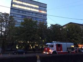 Из-за пожара в «Янтарном сказе» на Карла Маркса в Калининграде эвакуировали людей