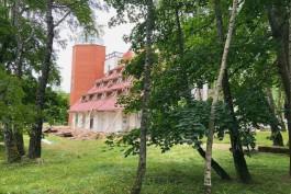 В Светлогорске начали демонтировать отель «Русь»