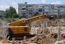 Подрядчик пообещал построить здание школы на улице Артиллерийской до конца года