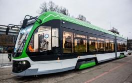 В Калининграде трамвай «Корсар» сошёл с рельсов из-за резкого уклона на кольце