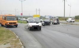 На выезде из Калининграда «Хонда» врезалась в «Ниссан» на встречке: пострадали два человека