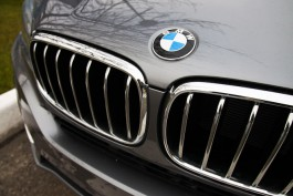 В Калининграде водитель БМВ засудил страховую компанию за отказ выплачивать компенсацию после ДТП