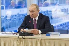 Путин поручил оборудовать порт Калининграда системой непрерывного экологического мониторинга