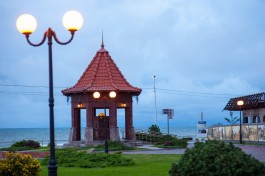Власти Зеленоградска хотят сделать площадь возле бювета и пирса шире, чем «Розу ветров»