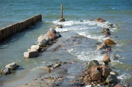 «Не как у немцев»: Алиханов ответил на претензии по забивке бун для намыва пляжа в Светлогорске