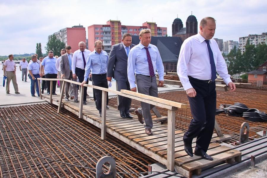 Региональное правительство: Автомобильное и пешеходное движение по Второй эстакаде начнется 21 ноября.
