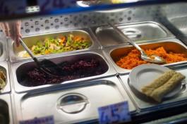 В Зеленоградске суд на 80 суток приостановил работу магазина-закусочной из-за антисанитарии