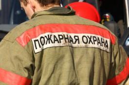 Из-за горящего мусоропровода в Калининграде эвакуировали жильцов многоэтажки
