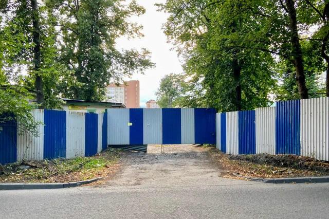 На Еловой аллее в Калининграде разрешили построить два шестиэтажных дома на месте гаражей