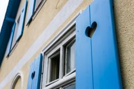 «Фальшивые окна, волшебные двери и кот-вырвиглаз»: как выглядит Железнодорожный после глобального капремонта