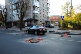 Во время ремонта на улице Пролетарской в Калининграде установили бракованные люки