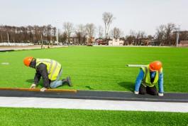 В Балтийске к лету планируют открыть реконструированный стадион с новым полем и беговыми дорожками