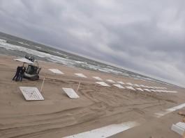 В Янтарном начали готовиться к «послеапокалипсисному» пляжному сезону